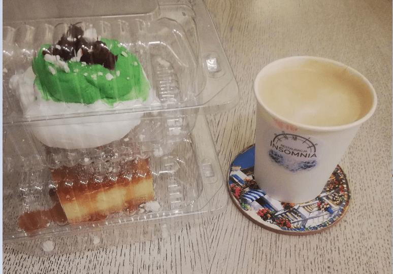 Wynajmij stolik z kawą i przekąską w gratisie. Odpowiedź restauracji na lockdown